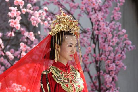 《锁清秋》中李菲儿的新娘装-养眼的女人戏 期待于正 美人心计
