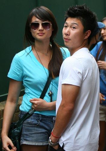 李小鹏与女友