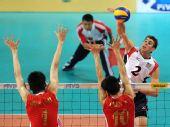 图文:世界男排联赛中国3-2美国 中国双人拦网