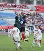 图文:[中甲]沈阳0-0东亚 门将奋力出击