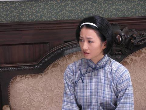 李�h饰演章默美