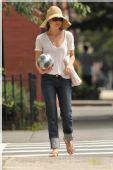 好莱坞一周潮人街拍:凯莉-拉塞尔