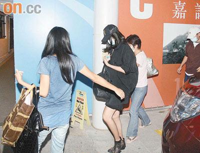 陈慧琳昨晚突然胎动 被送往医院待产