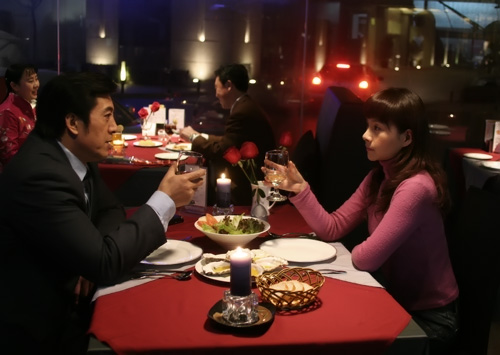 """何琳在《一一之吻》中打破常规为爱""""越轨"""""""