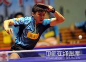 图文:乒超八一男团3-2江苏 陈玘大力挥拍