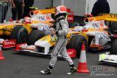 图文:F1德国大奖赛正赛 巴里切罗完成比赛