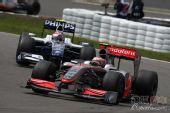 图文:F1德国大奖赛正赛 科瓦莱宁在比赛中
