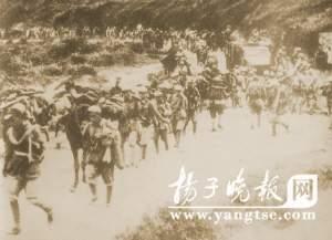 解放军向广西进军。