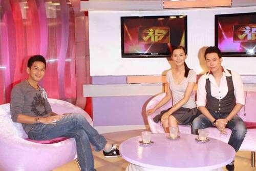 吴家乐访问天华和法拉,如朋友般谈天很轻松