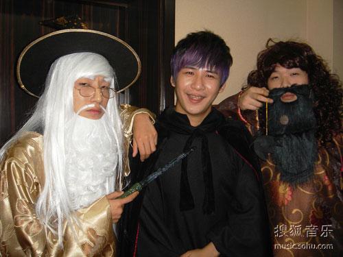 大张伟与雷舞团的魔法三人组