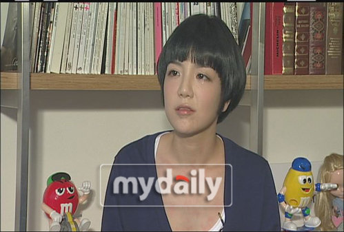 李珉宇amy_李珉宇前女友Amy接受采访 澄清与金东万误会-搜狐新韩线