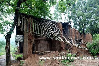 房屋被毁 网友供图