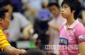 图文:乒超北京3-2险胜鲁能 丁宁表情可爱