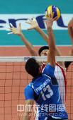 图文:世界男排联赛中国2-3意大利 一对一突破