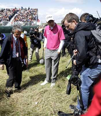 图文:2009英国公开赛决赛轮 费舍尔球落长草