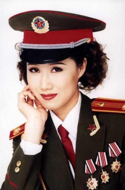 著名主持人刘小娜
