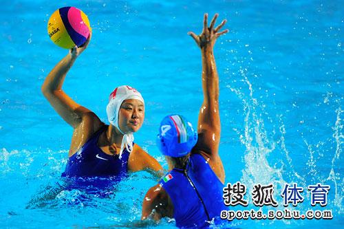 中国队员单挑对手