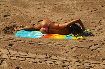 法国裸体大全_法国年轻女性变\