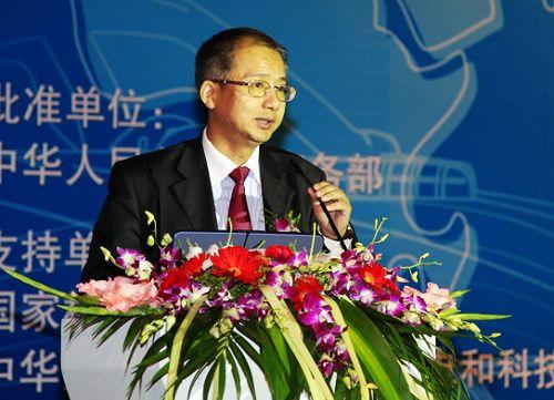 新华信国际信息咨询(北京)有限公司总裁兼联合CEO林雷