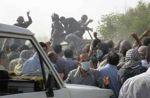 伊拉克突袭伊朗难民营 400余人死伤-搜狐新闻