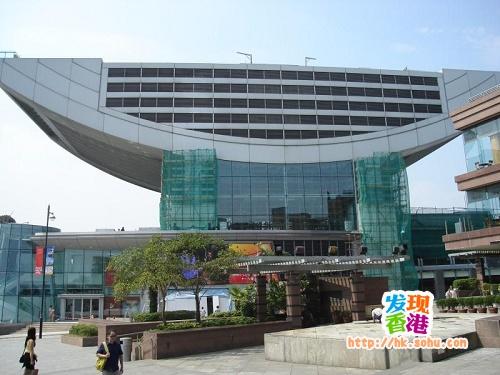 香港太平山顶凌霄阁――集观光、娱乐、购物于一身
