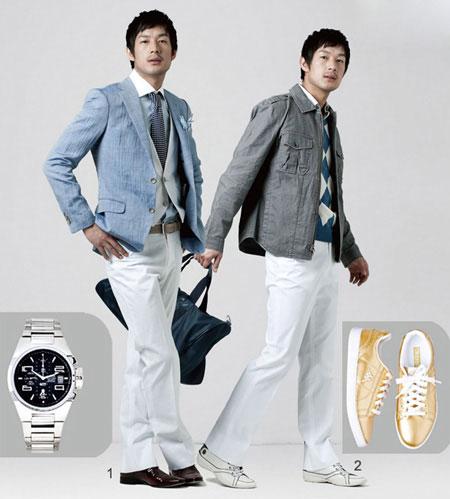 【导读】穿白色裤子的男生给人稳中的感觉