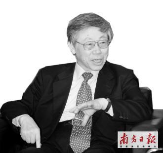 白井克彦,1939年出生于中国大连,2002年担任早稻田大学第15任校长,2006年再次当选为早稻田大学校长(任期到2010年11月4日)。