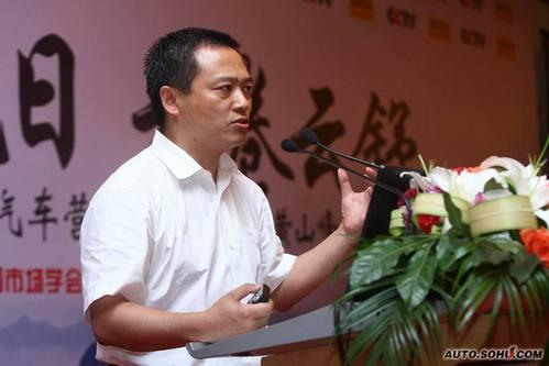 东风乘用车副总经理李春荣