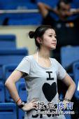 组图:台北菲律宾球迷大比拼 美女场下险些飙泪