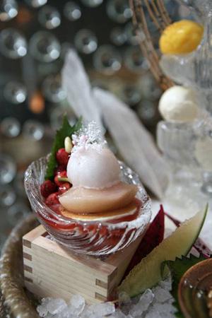�莉花白桃及野草莓荞麦饼