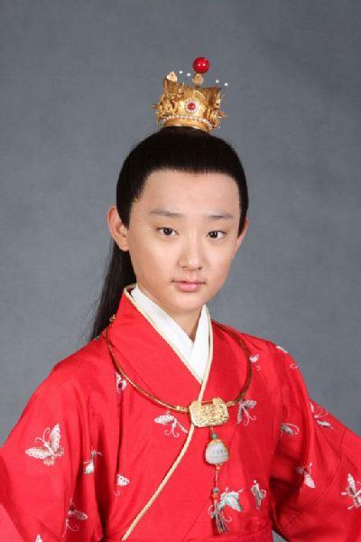 图:新版《红楼梦》少年宝玉 于小彤饰