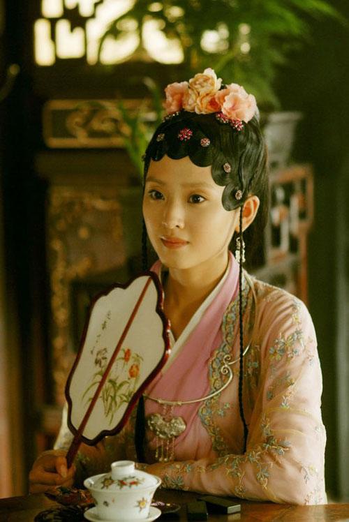 图:新版《红楼梦》少年贾迎春 李若嘉饰