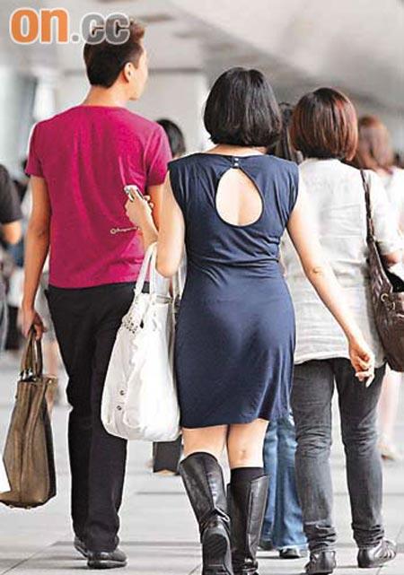 熟妇老师的大肉臀_张燊悦产后半年未瘦身 逛街购物现肥臀宽背(图)