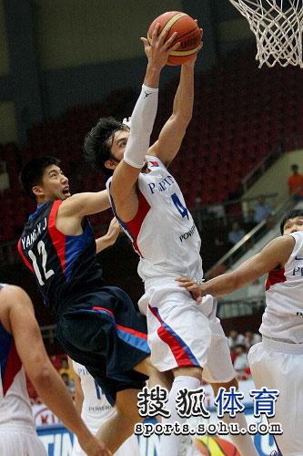 亚锦赛韩国VS菲律宾 菲律宾队员抢到篮板