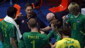 图文:中国男排3-1澳大利亚 澳大利亚队暂停