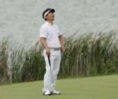 图文:梁荣银获PGA锦标赛冠军 呼吸海风