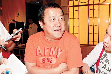 志伟对陈冠希返港并有意出席赈义演一事似乎统统不知。