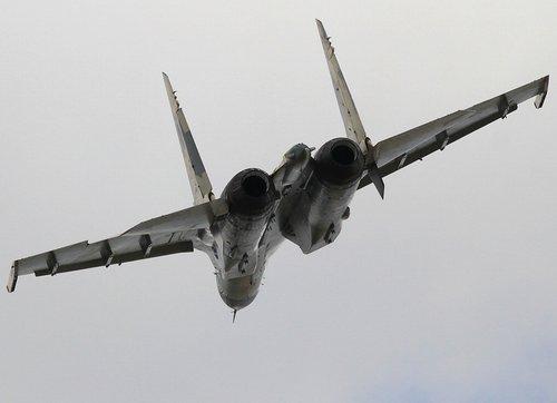 真能卖出去?苏霍伊获64架战机巨额订单 包括48架苏-35