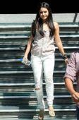 好莱坞一周潮人街拍:瓦妮莎-哈金斯