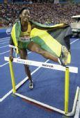 图文:世锦赛女子400米栏决赛 沃尔克腿架横栏