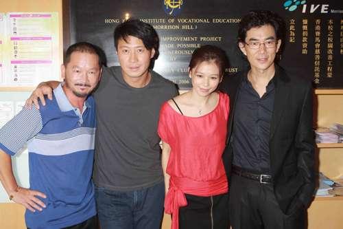 小齐(右)说新片中要跑街,就当是为传圣火而练气。
