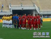 图文:[中超]陕西0-1长春 赛前升国旗仪式