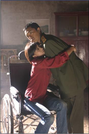 晓敏:我可以抱你