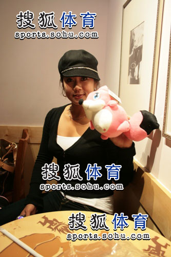 图文:韩端结束留美返回北京 跟搜狐体育对话