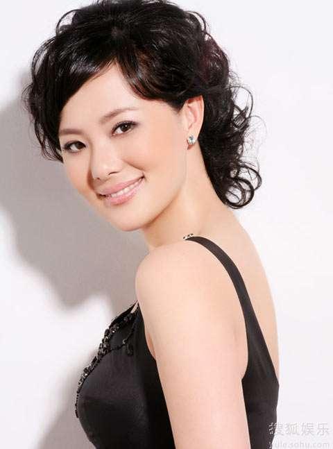那就是气质美女咏梅和喜剧老板刘金山