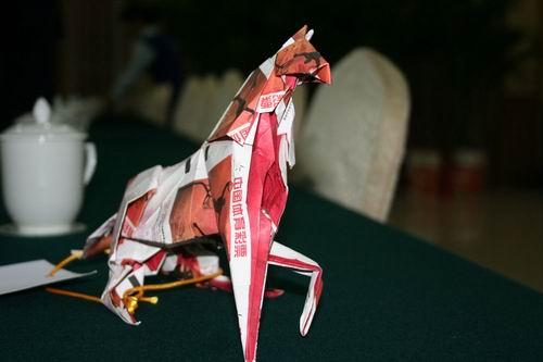 河南参赛体彩折纸大赛摄影举办作品展示(教案幼儿:小小保龄球组图图片