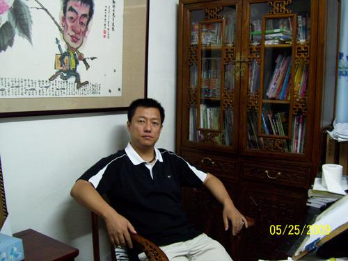 北京重磅动漫文化传媒有限公司 总经理/漫画家 权迎升老师