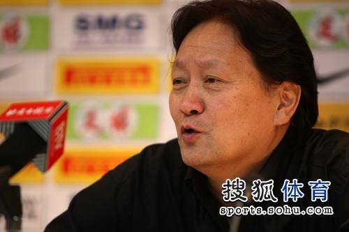 图文:[中超]北京1-0陕西 露出笑容