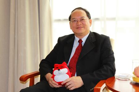 傅佩荣先生在上海接受搜狐记者采访