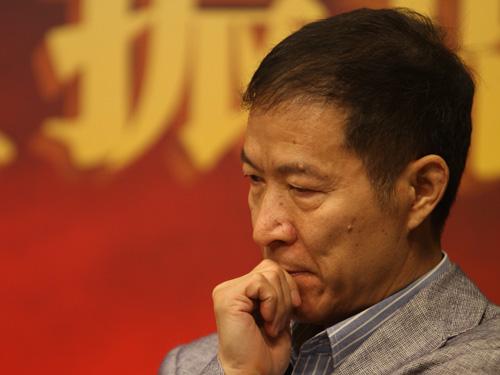 燕京华侨大学校长、经济学家华生
